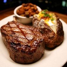 The Meal | Steak Dinner | Night Activities | Weekend In Riga